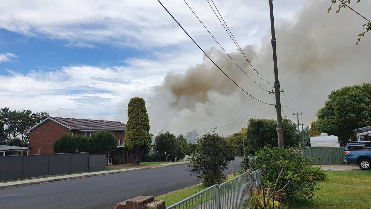 UPDATE 5PM: Nowra grass fire under control